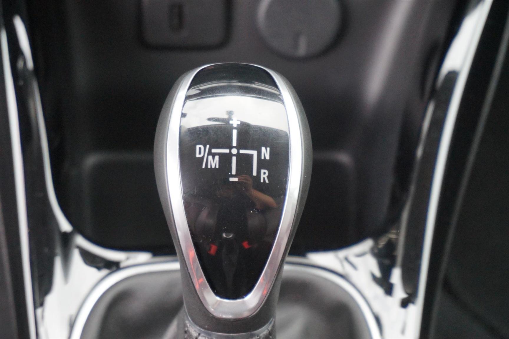 Opel-ADAM-13
