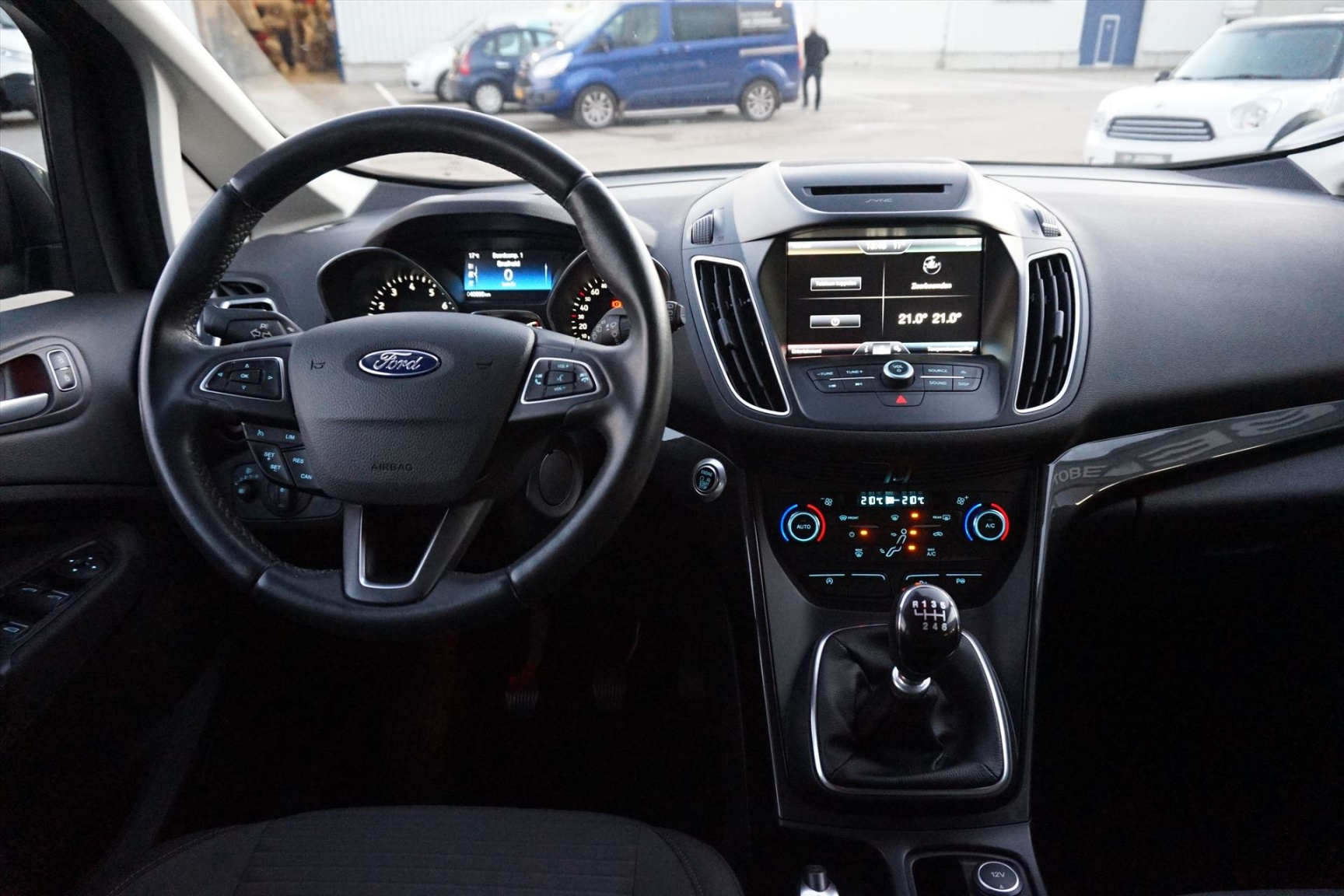 Ford-C-MAX-6